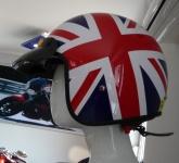 Přilba British 02